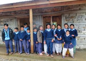 Patenkinder des Vereins Rheinland-Lorraine-Nepal e. V., in Loding